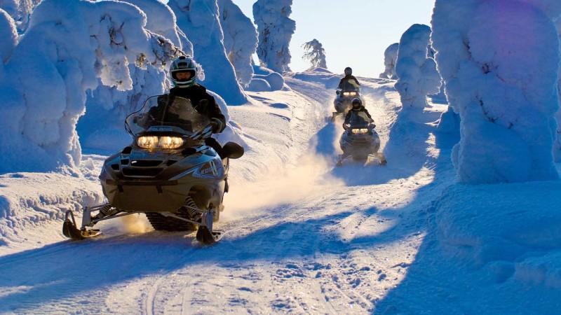 alquiler de coches pepecar, moto de nieve