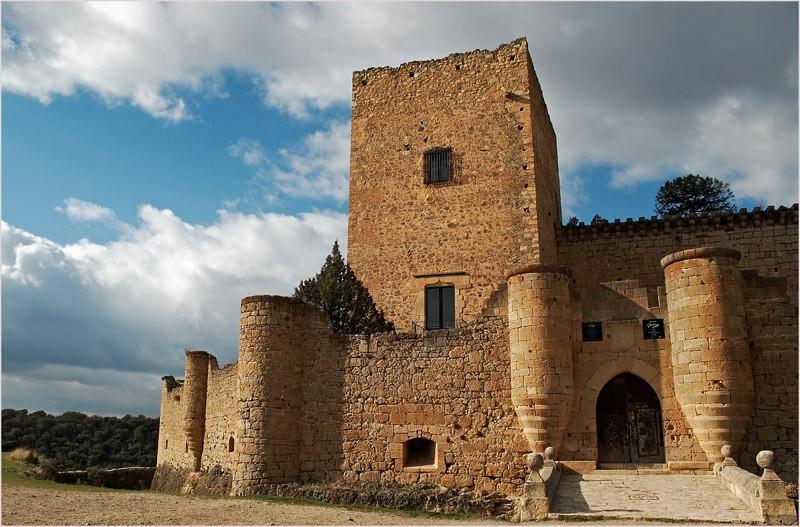 alquiler de coches pepecar Castillo de Pedraza