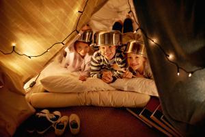 alquiler de coches pepecar acampar en el salón