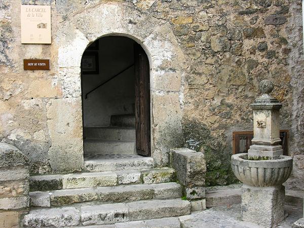 alquiler de coches pepecar cárcel medieval