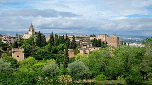 alquiler de coches con pepecar - granada - la alhambra