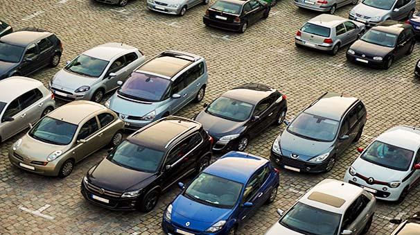 alquiler de coches con pepecar - aparcar bateria