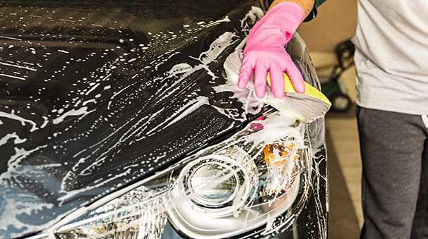 alquiler-de-coches-con-pepecar-limpiar-coches-productos-ecológicos
