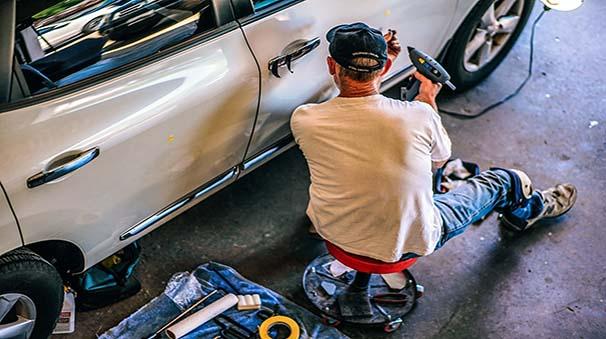 alquiler de coches con pepecar - mecanico